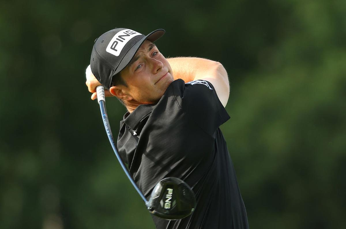 Viktor Hovland uses the Ping G425 LST driver.