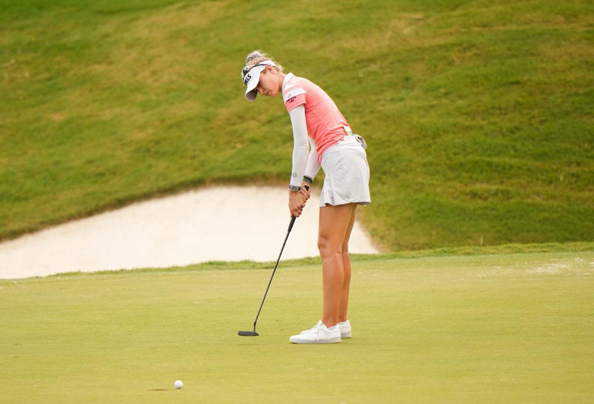 Nelly Korda uses the Scotty Cameron Tour Newport 2.5 putter and the Titleist Pro V1 golf ball.