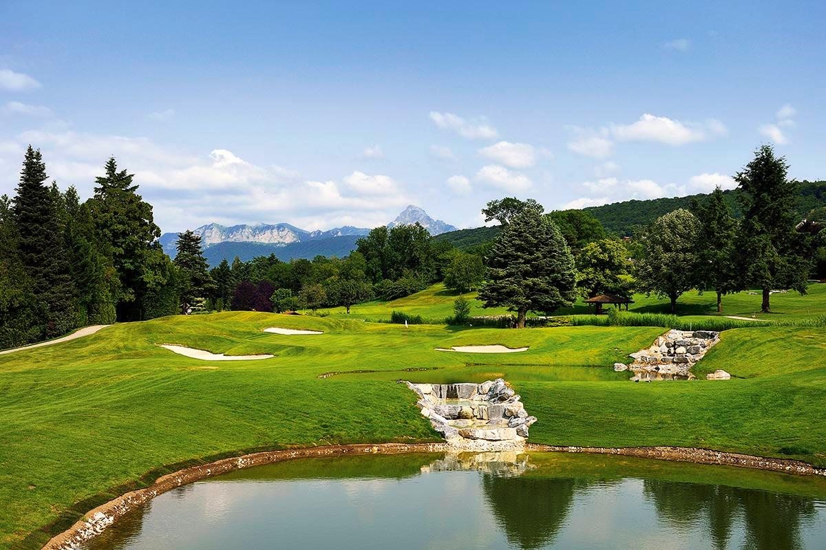 The 5th hole at Evian.